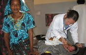 """""""A Book for Midwives"""" in French for West Africa"""