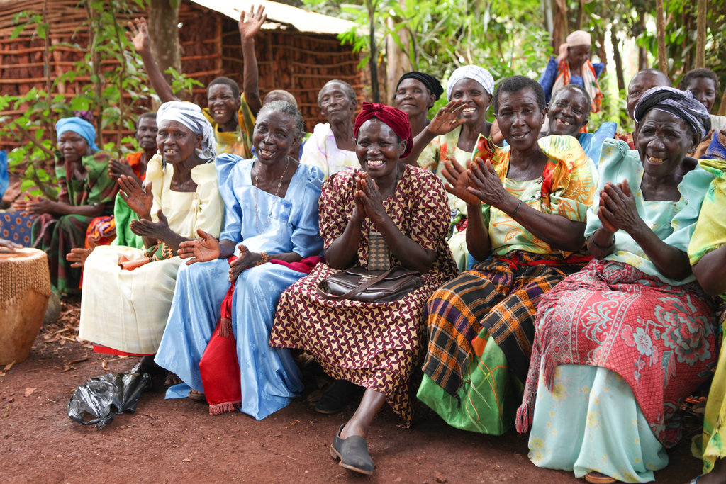 Provide shelter for 20 Ugandan Rural Grandmothers