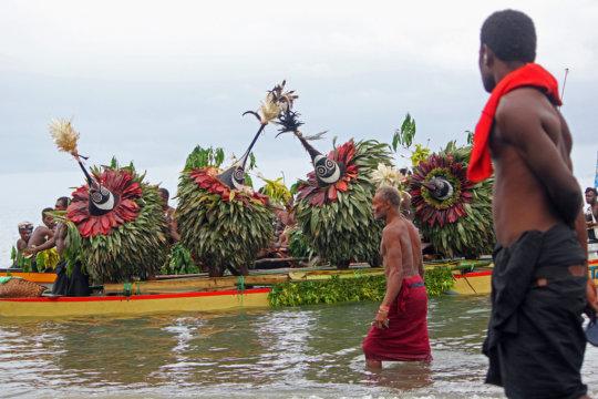 Tolai Kinavai Ceremony-Sea Parade