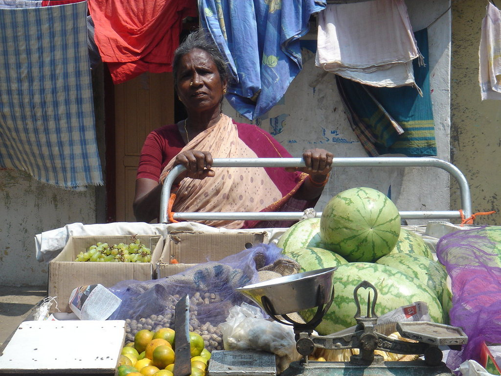 Single women selling fruits