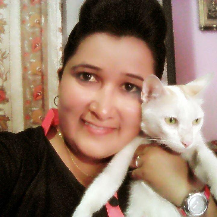 Deepa & her kitten Meyaooo!