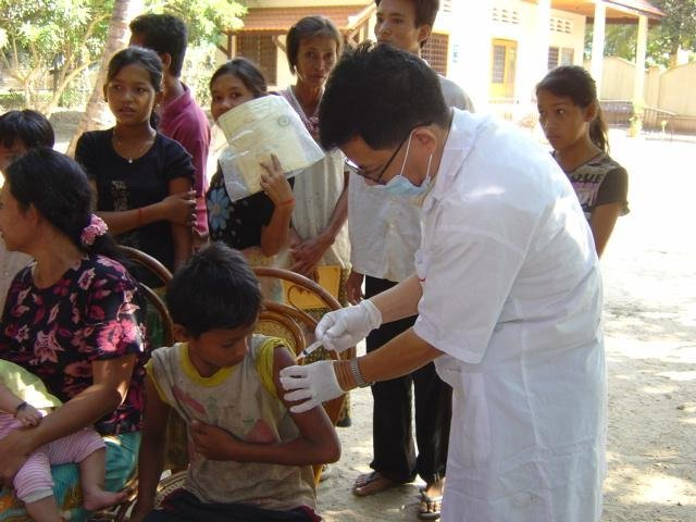 Provide 570 children with life-saving vaccines
