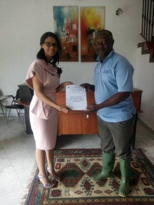 Signature of the contract and setting up the site