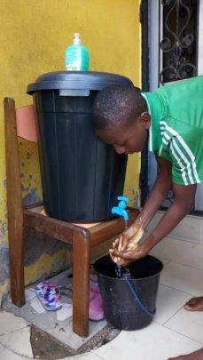 Anti-covid 19 hand wash bucket