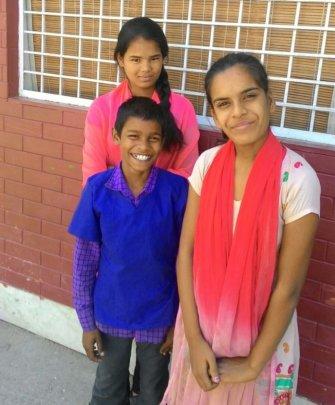 Puja, Nikita & Sunny