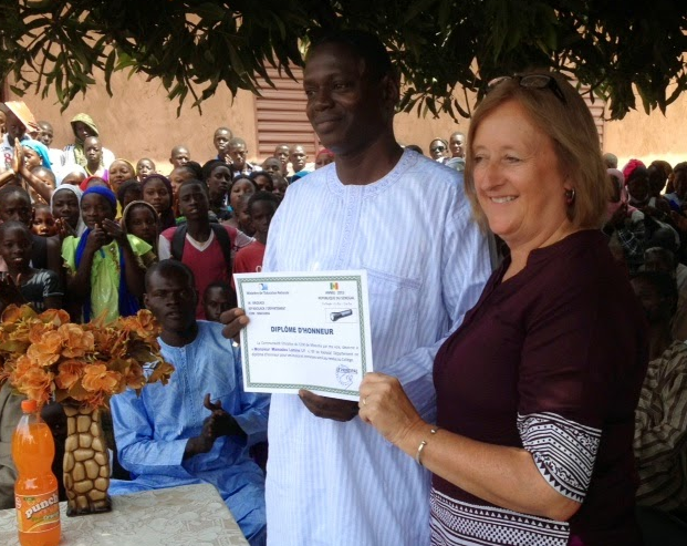 Presentation of Certificate of Thanks