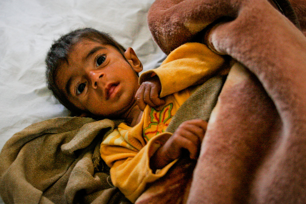 Help save 3000 underprivileged Mothers & Children