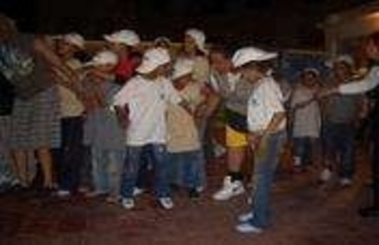 Dancing shantytowns - 150 children in Casablanca