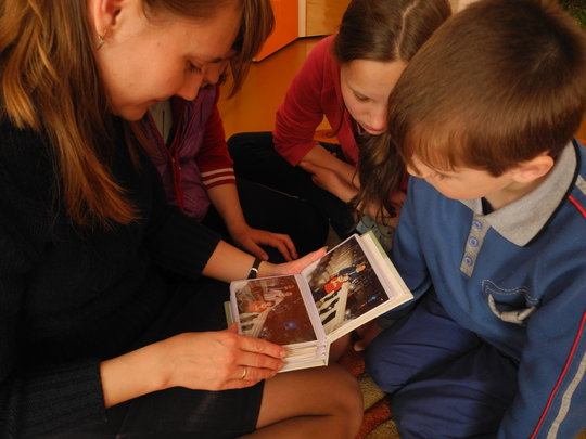 Save family ties for 10 Russian orphans