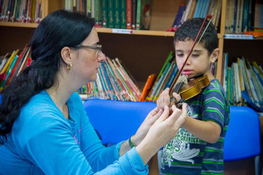 Passarim - Teach music to Brazilian children