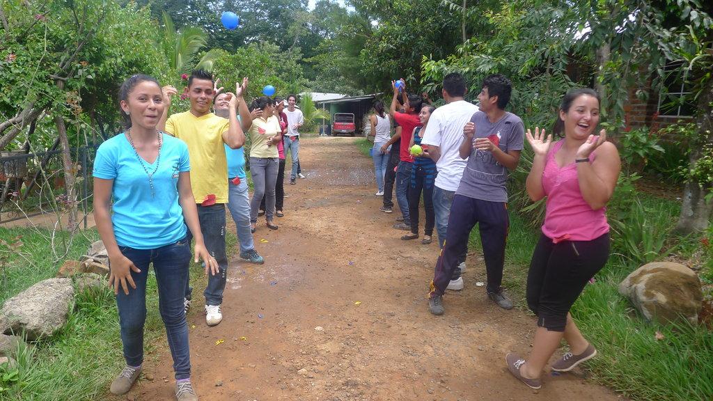 75 YOUNG SALVADORANS DEVELOP THEIR ENTREPRENEURSHI