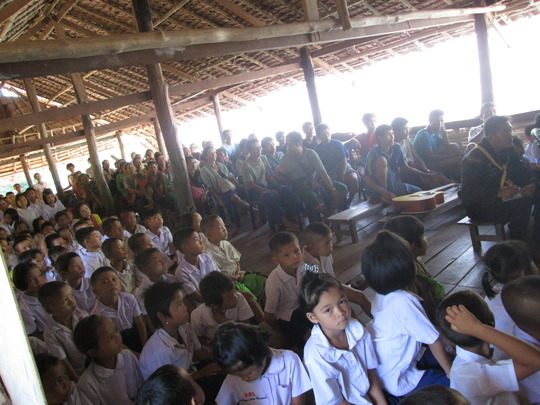 Opening ceremony at Maw Kwee school