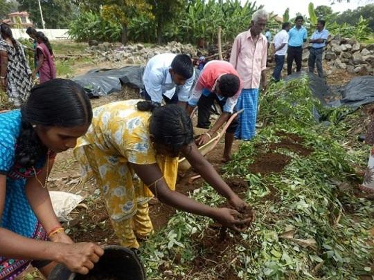 Making organic compost