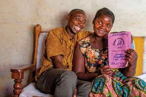 Steven Kipagatie / Rahel Mhema with goal notebook