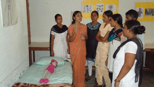Train Potential 20women-Bed Site Patient Assitants