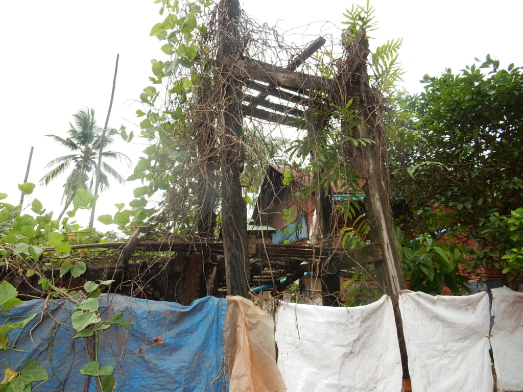 A house burnt in the battle