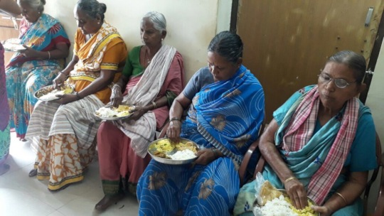 Food Donation for poor elderly persons in SERUDS