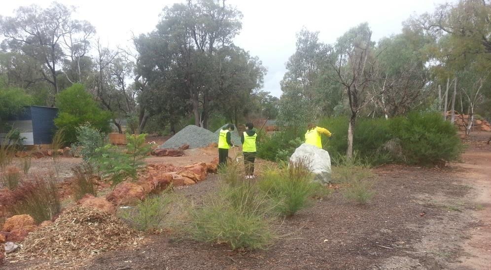 Volunteers maintaining Kaarakin Centre