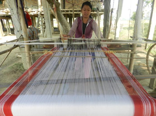 Weaving training for local women