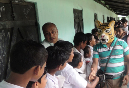 Tiger goes to school