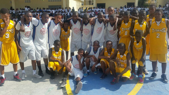 The teams posed together after the game