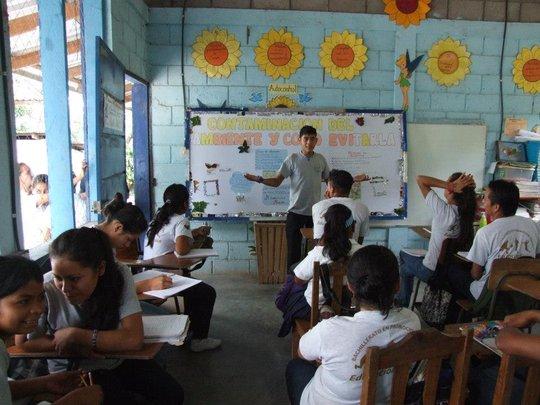 Phoenix secondary school in action - Honduras