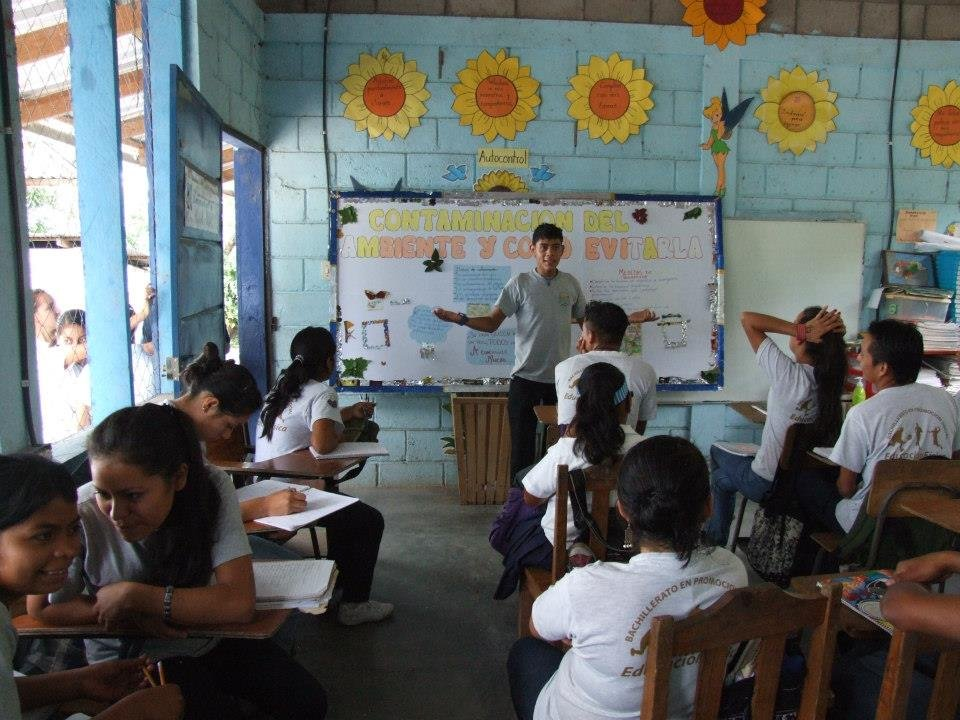 Phoenix secondary school in action - Honduras