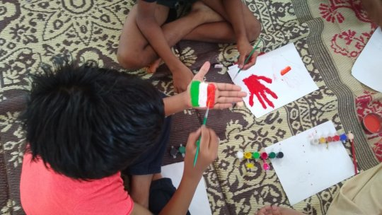 Hand Painting Activity