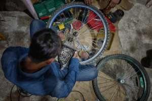 Motor repair student