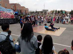 Girls dancing break dance