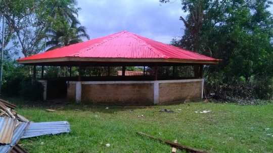 Palava Hut Roof Complete2017