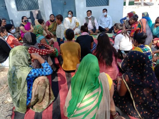 Young women in Gramonnati Sansthan in Mahoba