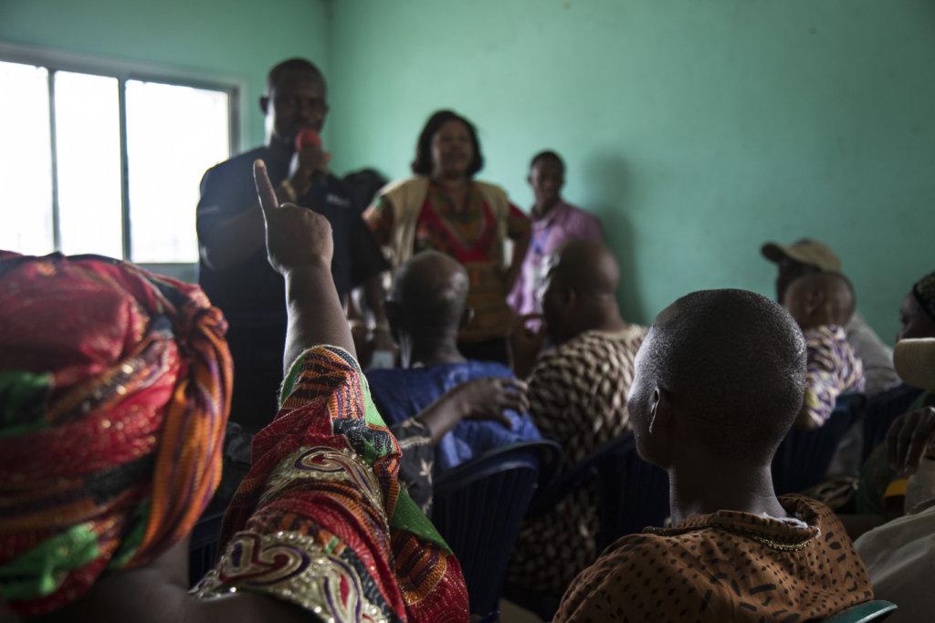Discussing Ebola  in Coyah, Guinea