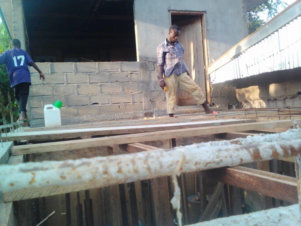 Construction of new school block continues
