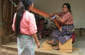 Ergonomic benches for Mexican backstrap weavers