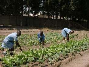 GCN students gardening