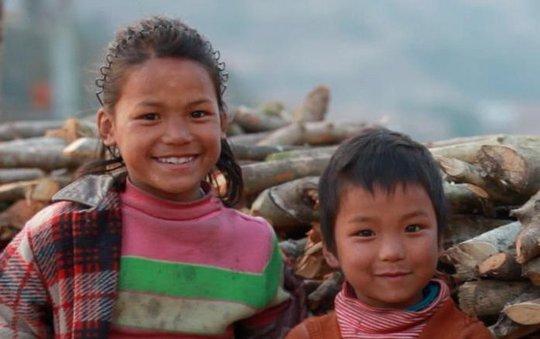 Children in remote Nepal village