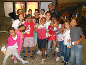 Visiting Exhibition in Favela Mare