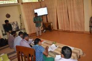 Sekar presenting his Avaram Project at Selection