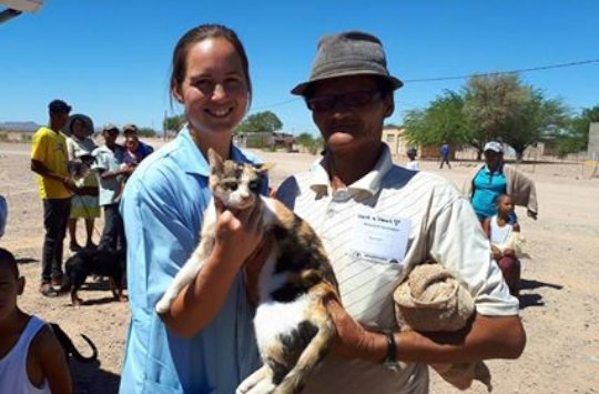 Blompot visits the Bethanie HAH mobile clinic