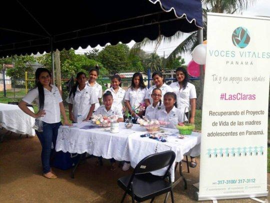 Las Claras at a Local Fair