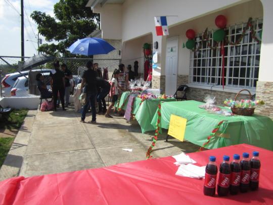 Bazaar Las Claras
