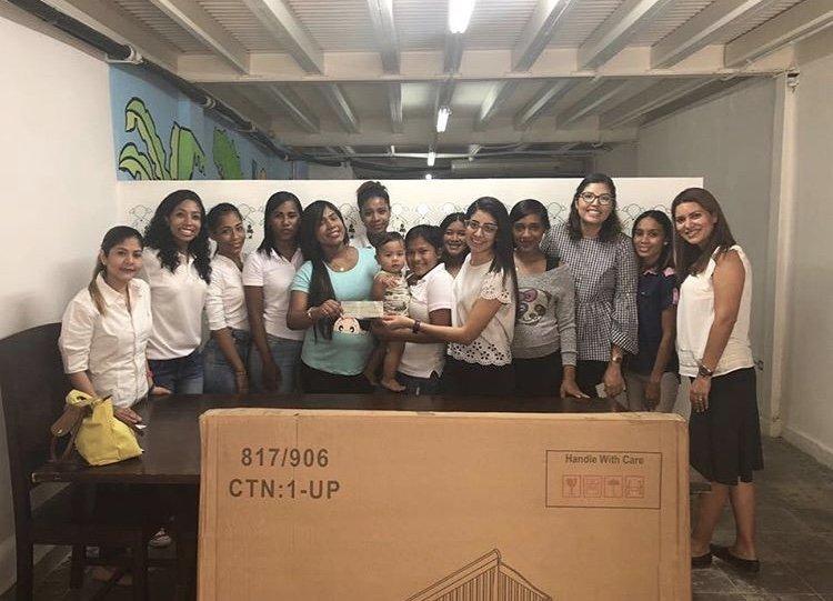 First group of Students at Las Claras Santa Ana