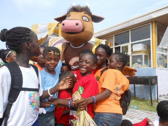 Kids at Dreamworld Africana