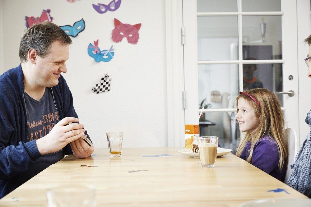 Support for Children of Alcoholics in Denmark