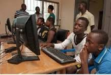 Help 150 youth get internet skills in Uganda