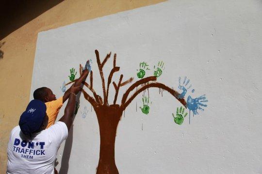 Painting the 'Tree of Life' - Nicola Simmonds