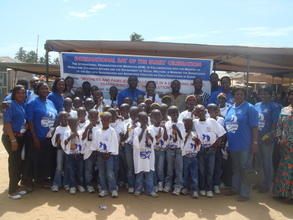 Rescued Children with Staff of IOM and Others