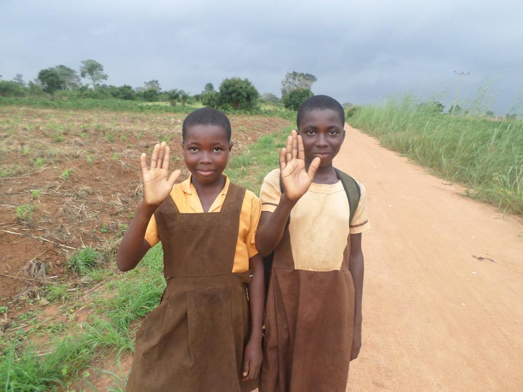 Children thank IOM for child protection workshops