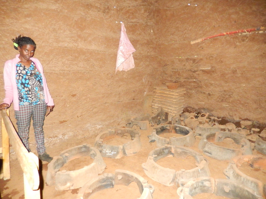 Early stoves in local potters association